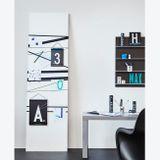Omaľovávanka pre deti s motivmi čísel od 0 do 9 v typografii od renomovaného dánskeho dizajnéra Arne Jacobsena (1937).