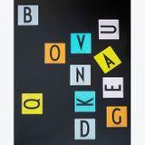 Pamäťová hra - pexeso s motívom veľkých písmen od renomovaného dánskeho dizajnéra Arne Jacobsena (1937).
