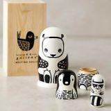 Drevená matrioška - 3 figúrky skladacích čiernobielych zvieratiek (panda, tučniak a medvedík čistotný).