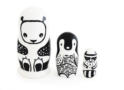 Matrioška Wee Gallery - čierno-biele zvieratká